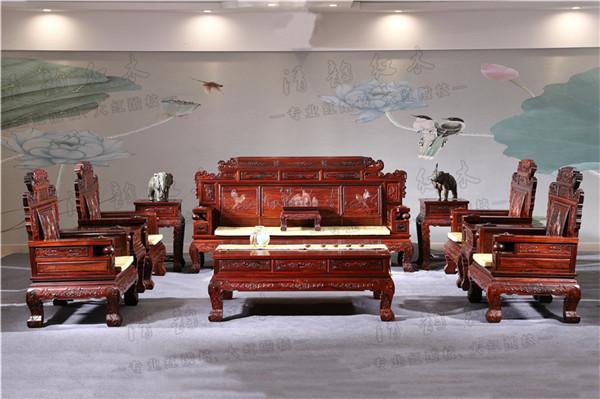 明式罗汉床:兼具自巴里黄檀家具图片然与实用